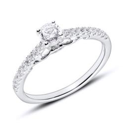 18K Weißgold-Verlobungsring mit Brillanten