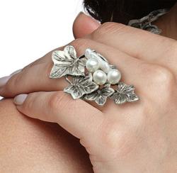 Anna Mütz: Ring 'Efeuranken', Ring