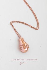 BOXHANDSCHUH Halskette rosé vergoldet