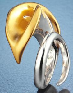 Bruno Bruni: 'Der Ring der Liebe', 925er-Sterlingsilber bicolor, Ring