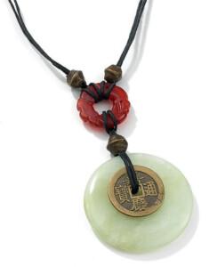 Chinesischer Jade-Münzanhänger, Collier, Schmuck