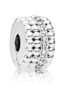 Clip-Charm -Perlenglanz- Pandora Silberfarben