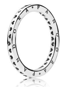 Damenring – Herzen und Pandora Logo – Pandora Weiß