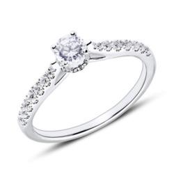 Diamantbesetzter Verlobungsring aus 18K Weißgold