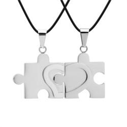 Kautschuk Ketten mit Puzzleteil-Anhängern