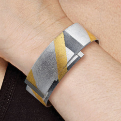 Kreuchauff-Design: Armreif 'Black and Gold', Schmuck
