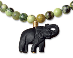 Petra Waszak: 'Afrikanischer Elefant', Collier, Schmuck