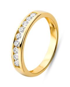Ring aus 750 Gold mit 0.30 Karat Diamanten-56